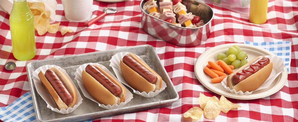 Hot dogs at a picnic
